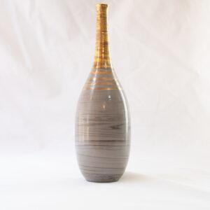 יותם - בקבוק אפור אדום עם פיית זהב צרה
