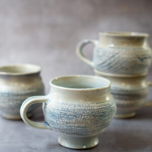 ספל קפה אפור - תכלת עם מרקם סדוק